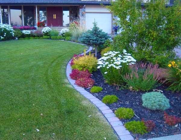 Brick Lawn Edging Ideas