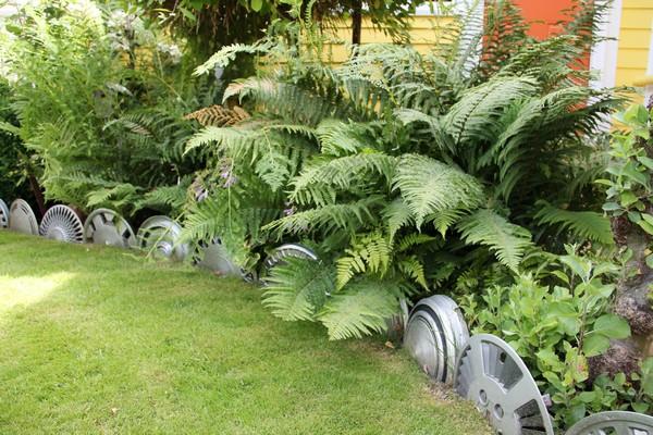 Cheap Lawn Edging Ideas