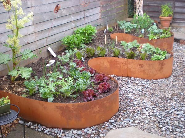 Creative Garden Edging Ideas 15 creative garden edging ideas for a better outdoor look Curved Garden Edging Ideas