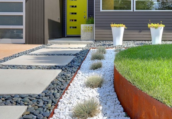 100 landscaping ideas for front yards and backyards Modern desert landscaping ideas
