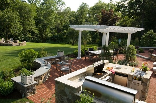 46 elegant backyard garden ideas