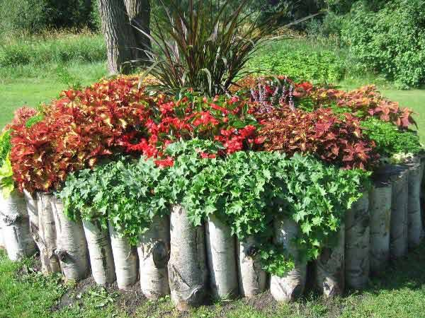 37 creative lawn and garden edging ideas with images for Flower bed edging ideas