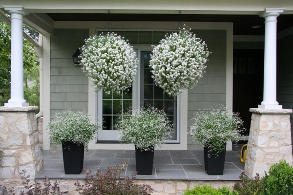 Lovely Landscaping Design Ideas For Front Yard