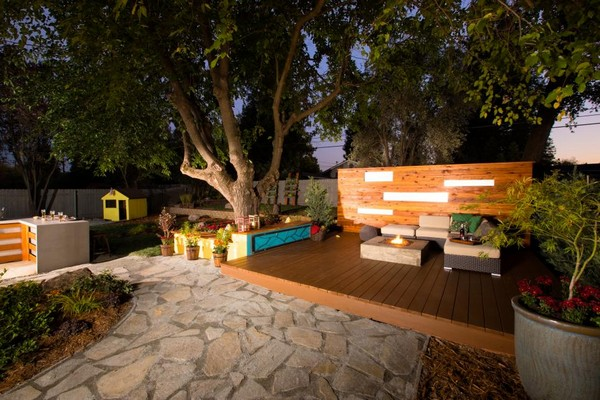 Lovely Backyard Landscaping