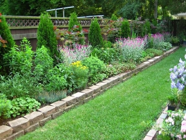Garden Borders And Edging Ideas garden edging wood Natural Stone Border Natural Stones Garden Edging Ideas