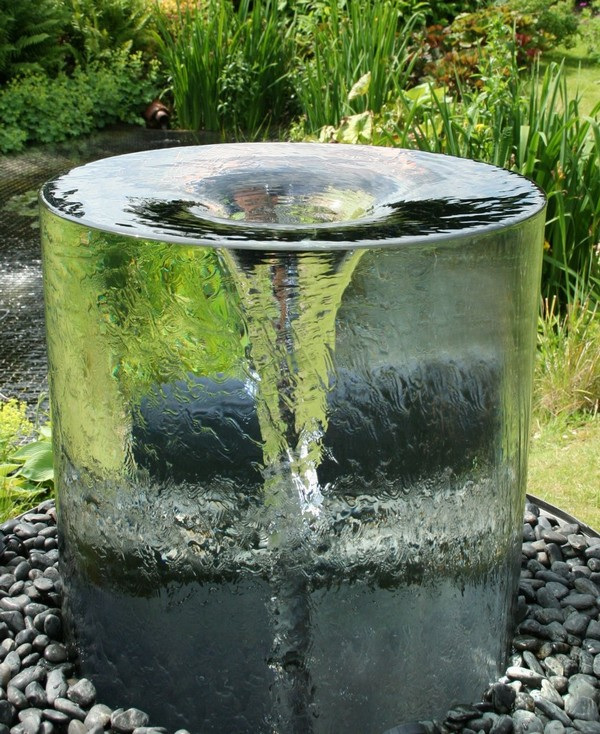Garden Fountains. Build Water Falls