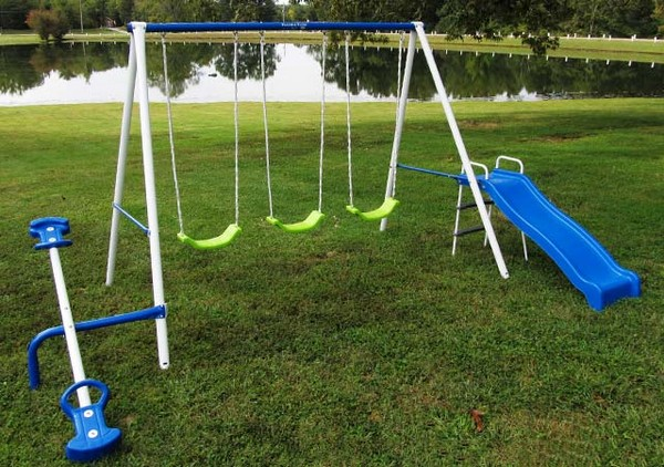 Superieur Flexible Flyer U201cTriple Funu201d Swing Set