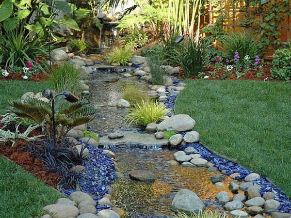 Landscaping rocks 23 free unique landscaping rock ideas for Landscaping rocks delivered