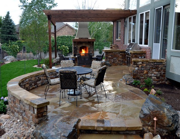 Outdoor Fireplace Ideas: Top 10 Outdoor Fireplace Kits ... on Small Outdoor Fireplace Ideas id=80224