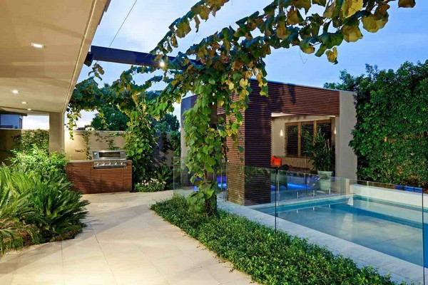 Landscaping Backyard Ideas