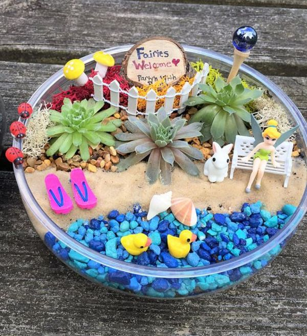 Edible Landscaping And Fairy Gardens: 27 Fairy Garden Ideas You'll Fall In Love With