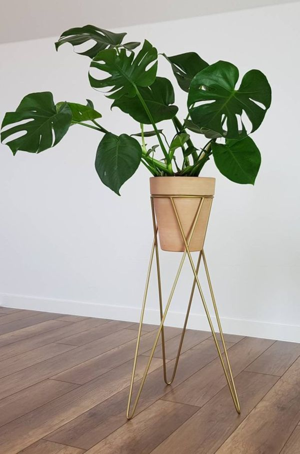 Plant Stand Gold