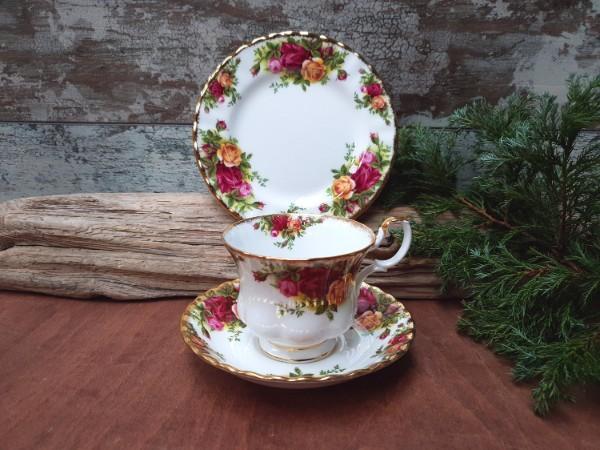 Royal Albert Teacup and Plate Set