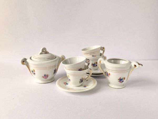 White Porcelain Mini Tea Set