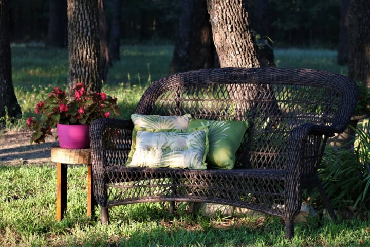 clean outdoor rattan furniture