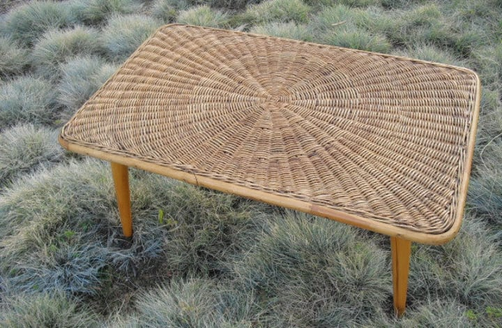 clean rattan table