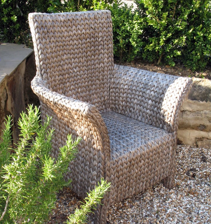 cleaning rattan garden chair