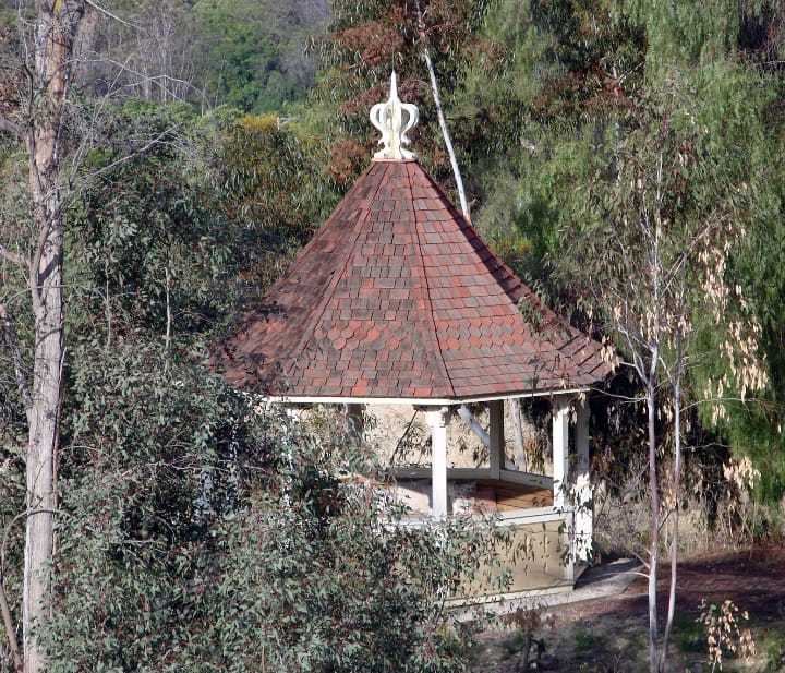 gazebo with scalloped roof shingles