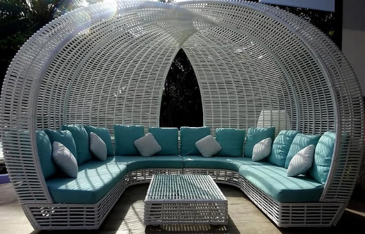 huge rattan furniture