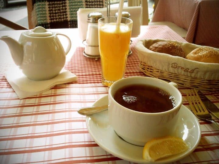 lemon tea for breakfast