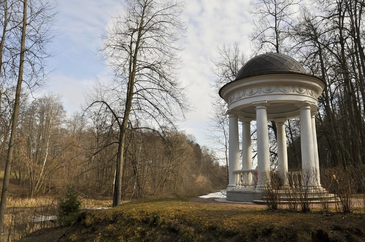 rotunda gazebo