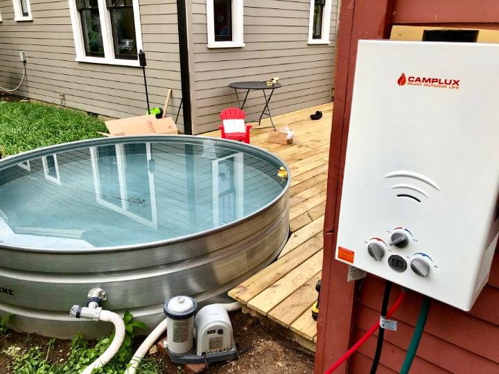 back yard propane heated hot tub