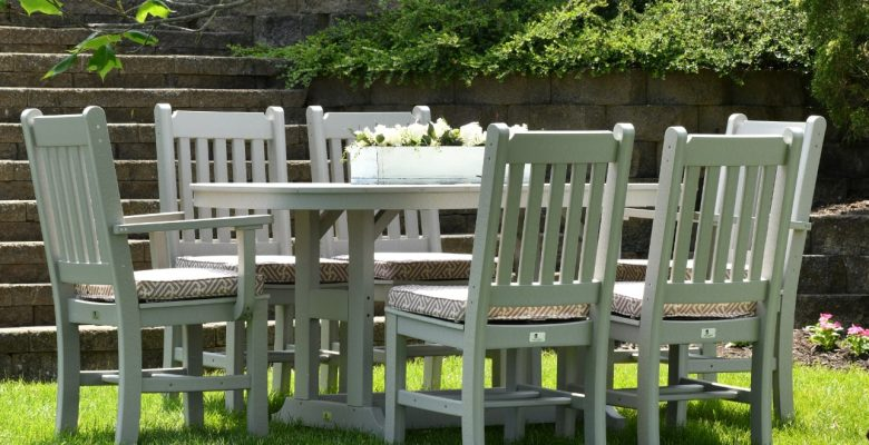 garden table furniture