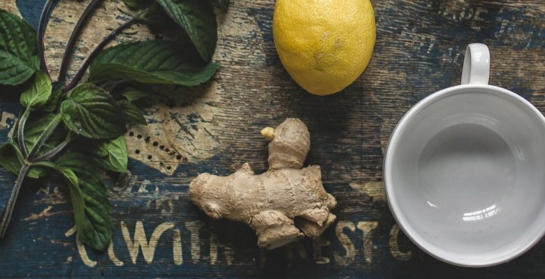 ingredients to make a healthy ginger tea