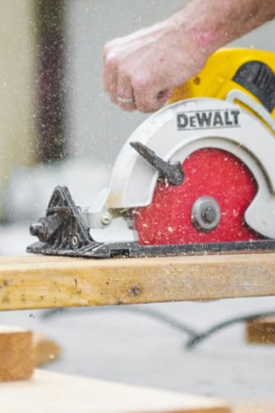 using circular saw to cut wood