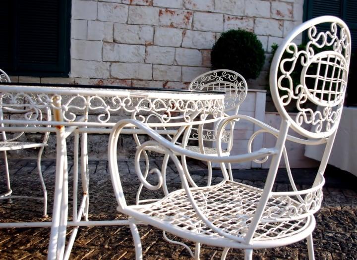 white painted metal garden furniture