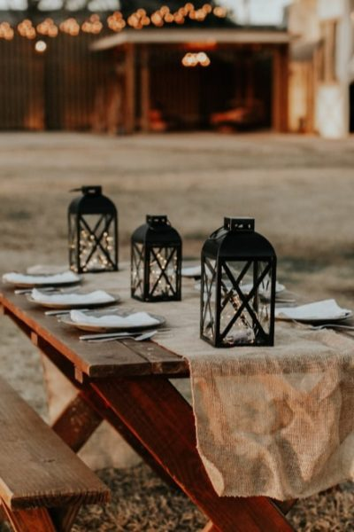 picnic bench table setting