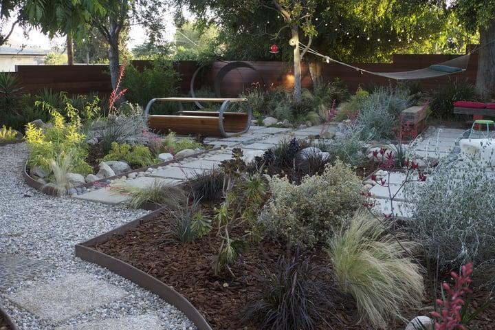 garden design safe walkway