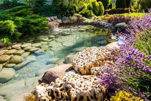 landscaping rocks ideas with water