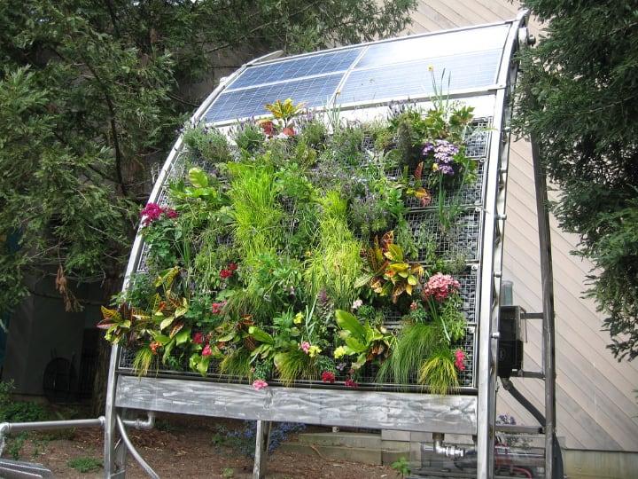 modern solar vertical garden