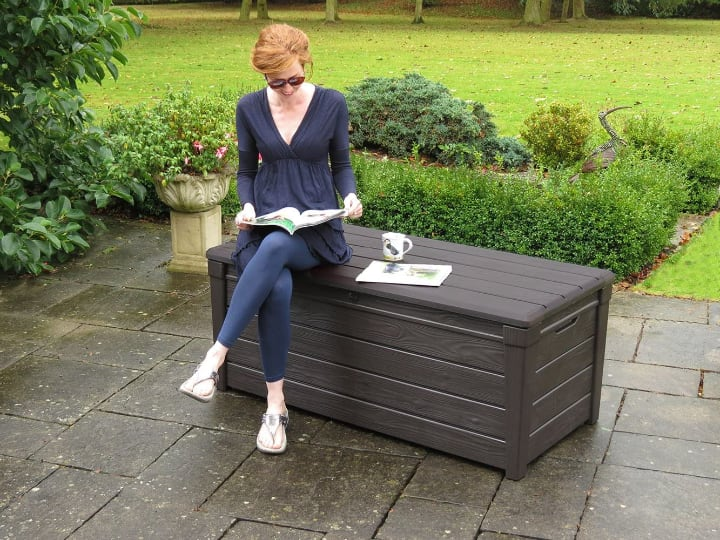 garden storage and seat in one