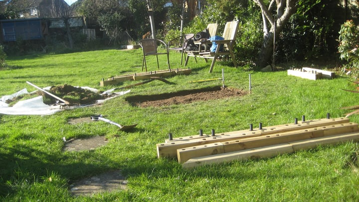 selecting a raised garden bed shape