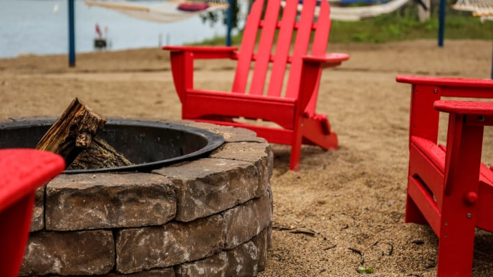 diy red brick fire pit