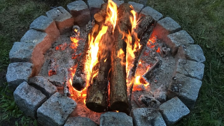 outdoor wood fire pit