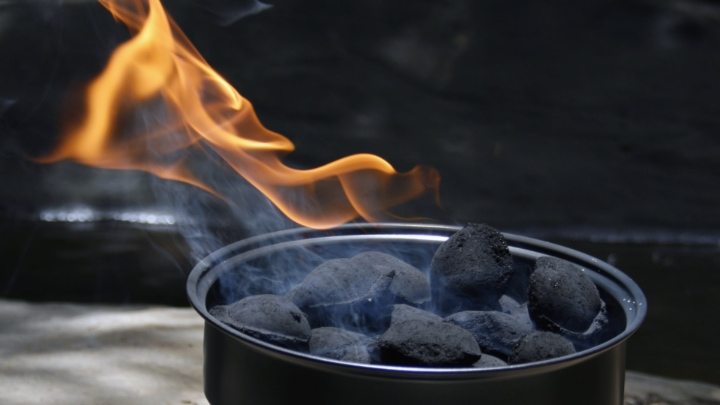 portable propane fire pit with lava stones