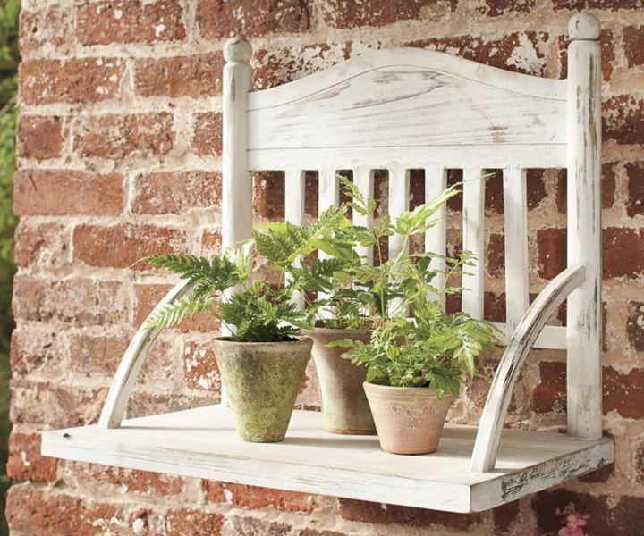 plant wall stand