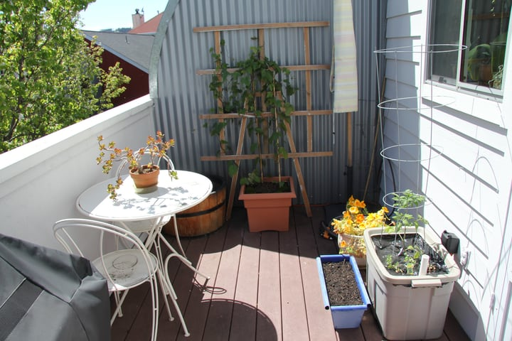 balcony garden furniture