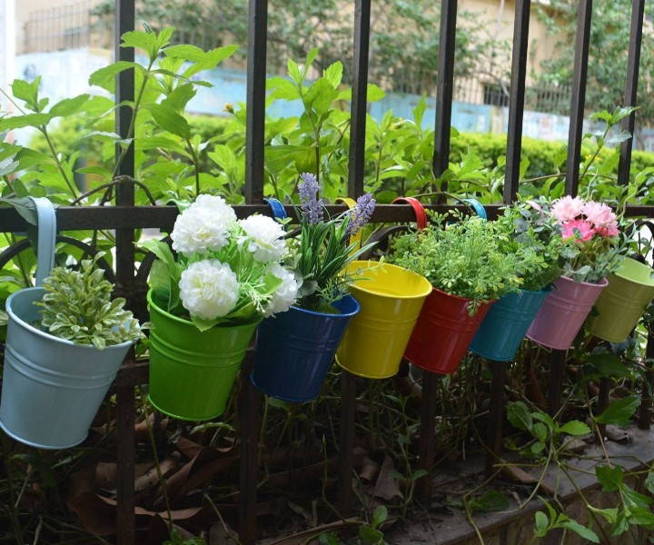 balcony garden pots