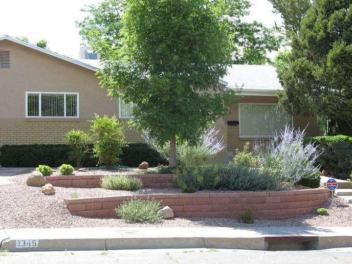 front lawn terrace garden