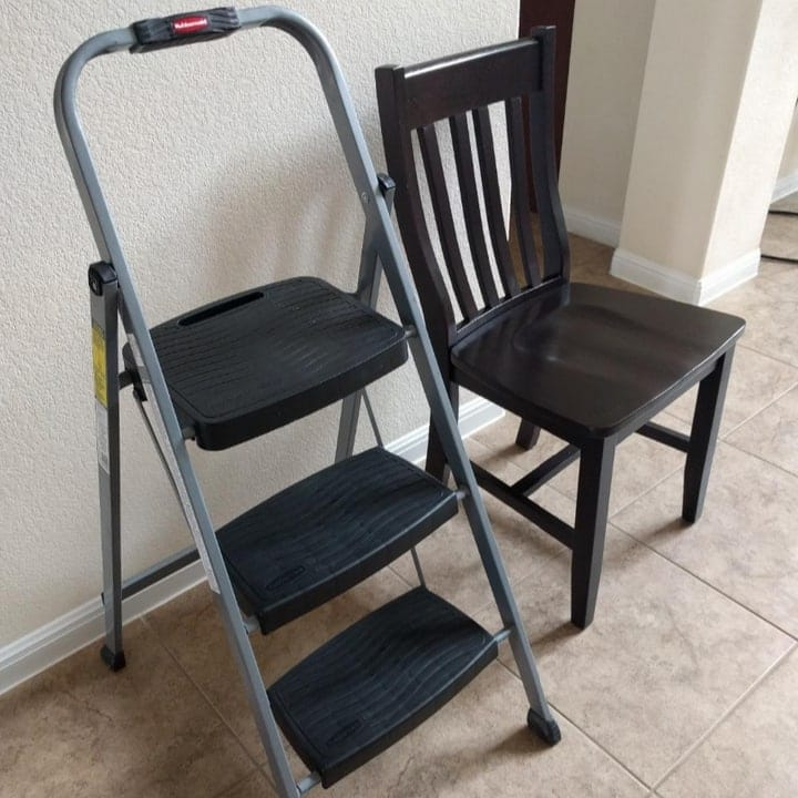 11 Best Step Ladders For Safe And Easy Use At Home 2021