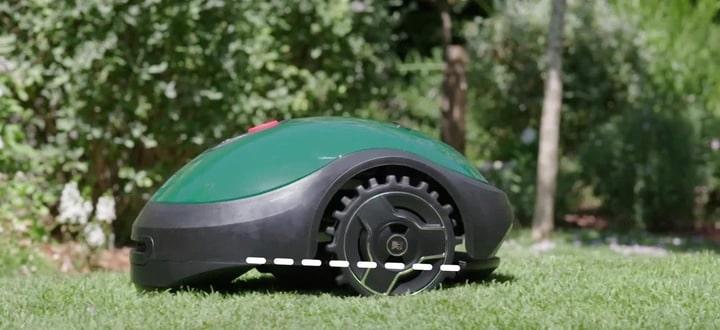 low noise robot lawn mower
