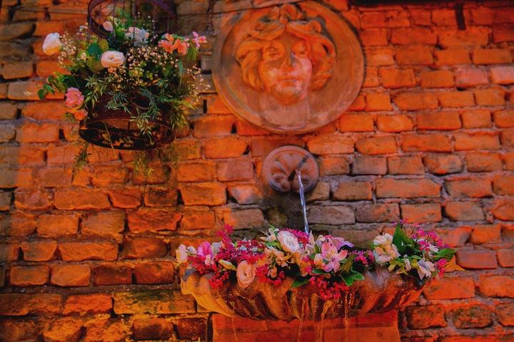 red brick garden wall designs