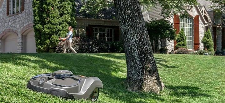 robot lawn mower husqvarna in garden