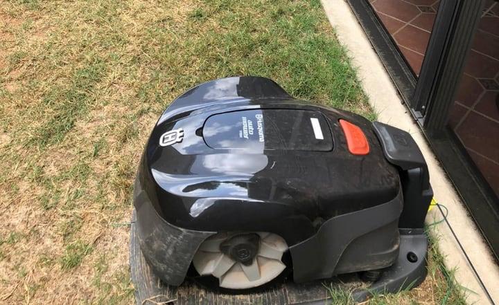 robot lawn mower husqvarna