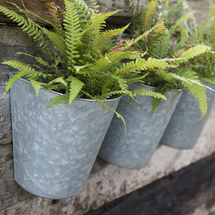 wall planter grey